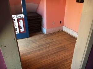 music-house-little-room