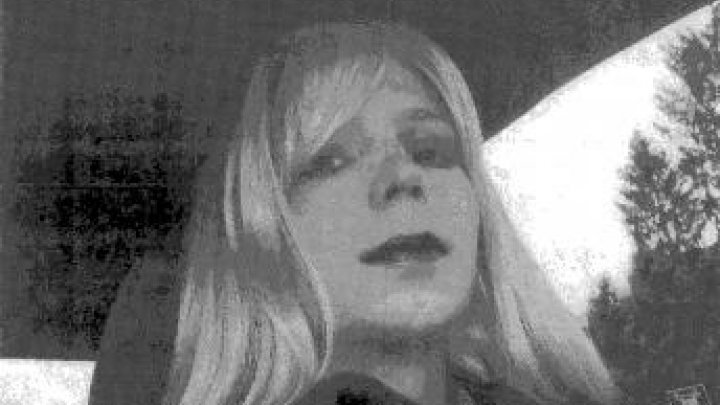 170117_chelsea_manning